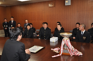 岡谷工業高等学校制服画像